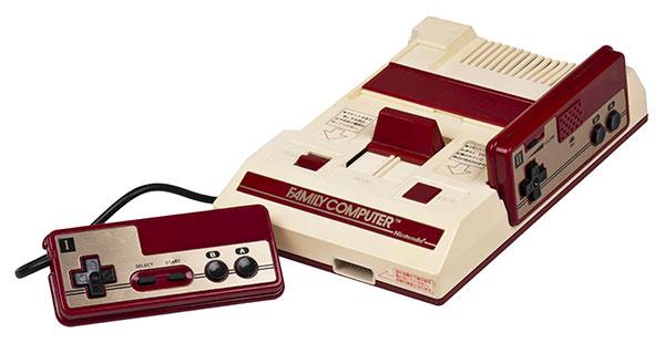 Приставка Famicom от Nintendo